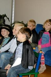 Goochelaar voor een Sinterklaas voorstelling, verjaardag of feest op school. Goocheltrucs voor een geslaagd kinderfeest in Apeldoorn en omstreken.